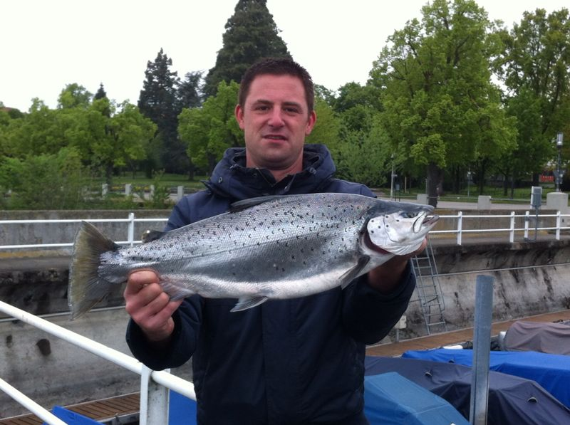 Dennis mit Seeforelle 67cm 4,3kg